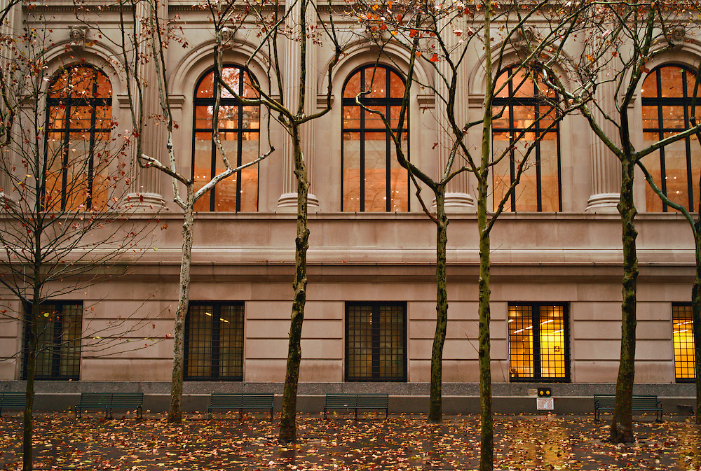 Exterior, Metropolitan Museum of Art, on rainy fall day, New York, US