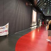 NLD/Hilversum/20160926 - Finale Miss Nederland 2016, achtergelaten spandoek