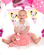 Gracie-Mae's 1st Birthday cake smash