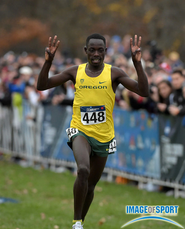 Nov 21, 2015; Louisville, KY, USA; Edward Cheserek of Oregon wins in 28:45 during the 2015 NCAA cross country championships at Tom Sawyer Park.