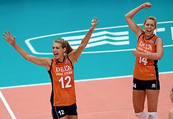 28-09-2014 ITA: World Championship Volleyball Mexico - Nederland, Verona<br /> Nederland wint met 3-0 van Mexico / Manon Flier, Laura Dijkema