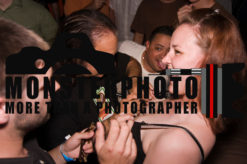 06/05/10 Hockessin, DE -Legendary porn star Ron Jeremy sign autograph at the famous Dizzy Bulldog in Hockessin Delaware on Saturday, June 5, 2010. <br /> <br /> Special to Monsterphoto/SAQUAN STIMPSON