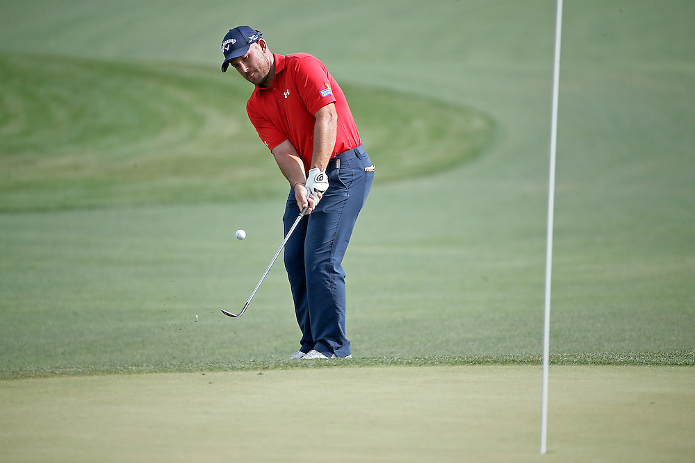 Scott Brown chips for a birdie on the 18th hole in the Shell Houston Open-Round 1 at the Golf Club of Houston on Thursday, March 31, 2016 in Humble, TX. (Photo: Thomas B. Shea/For the Chronicle)