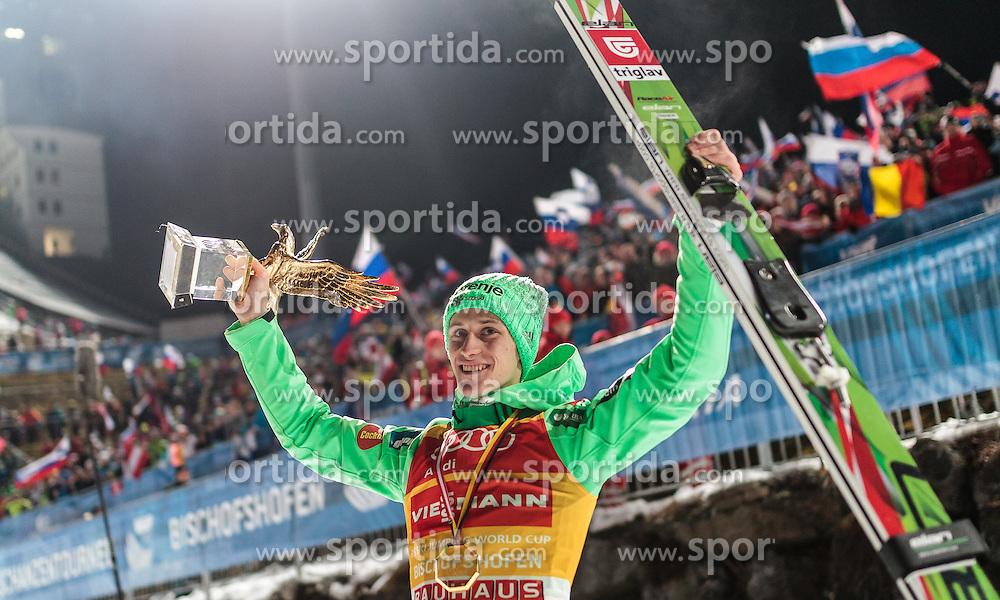 06.01.2016, Paul Ausserleitner Schanze, Bischofshofen, AUT, FIS Weltcup Ski Sprung, Vierschanzentournee, Bischofshofen, Siegerehrung Gesamtwertung, im Bild Peter Prevc (SLO, Gesamtsieger) mit der Trophäe // Winner Peter Prevc of Slovenia celebrate with the overall trophy after the podium of the Four Hills Tournament of FIS Ski Jumping World Cup at the Paul Ausserleitner Schanze in Bischofshofen, Austria on 2016/01/06. EXPA Pictures © 2016, PhotoCredit: EXPA/ JFK