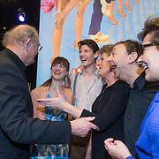 NLD/Amsterdam//20140323 - Perspresentatie musicalbewerking Moeder, Ik Wil Bij De Revu, Joop van den Ende in gesprek met Christanne de Bruijn, Terence de Loo, Simone Kleinsma en Jon van Eerd.