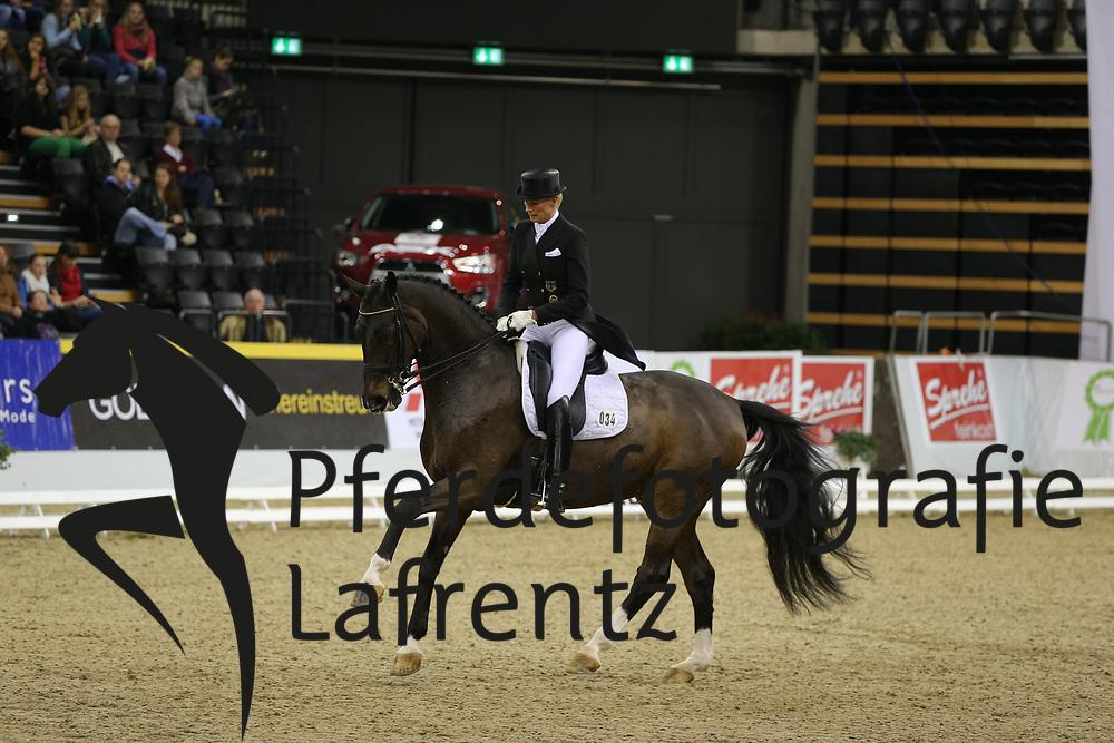 Wittig, Brigitte, Brioni W<br /> Oldenburg - Agravis Cup<br /> Nationale Dressur<br /> © www.sportfotos-lafrentz.de/ Stefan Lafrentz