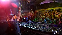 DJ Rapha Costa no espaço E-planet do Planeta Atlântida 2013/RS, que acontece nos dias 15 e 16 de fevereiro na SABA, em Atlântida. FOTO: Marcos Nagelstein/Preview.com