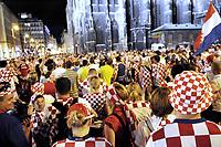 GEPA-2006087392 - WIEN,AUSTRIA,20.JUN.08 - FUSSBALL - UEFA Europameisterschaft, EURO 2008, Host City Fan Zone, Fanmeile, Fan Meile, Public Viewing. Bild zeigt Kroatien-Fans.<br />Foto: GEPA pictures/ Reinhard Mueller
