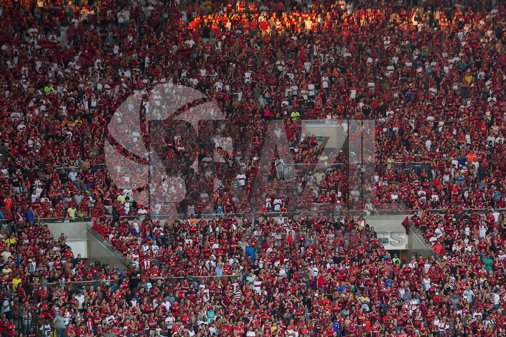 RIO DE JANEIRO, RJ, 07.05.2017 - FLAMENGO-FLUMINENSE - Torcida do Flamengo durante o segundo jogo da final do Campeonato Carioca 2017, contra o Fluminense, no estádio do Maracnã, neste domingo, 7. (Foto: Gustavo Serebrenick/Brazil Photo Press)