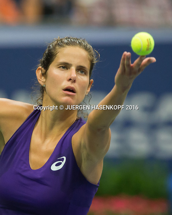 JULIA GOERGES (GER)<br /> <br /> Tennis - US Open 2016 - Grand Slam ITF / ATP / WTA -  USTA Billie Jean King National Tennis Center - New York - New York - USA  - 1 September 2016.