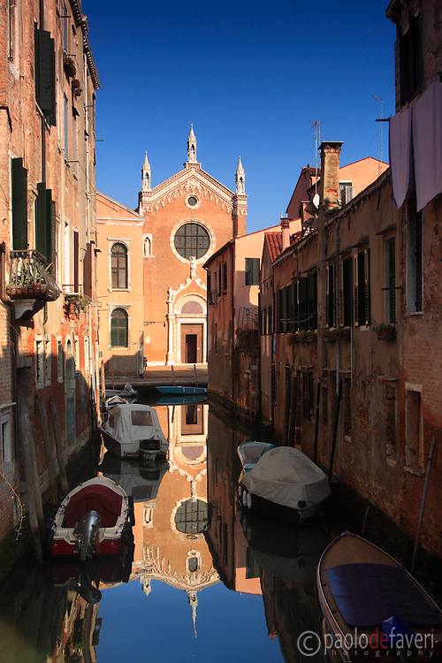 Rio Brazzo is a small canal in the sestiere of Cannaregio in Venice, just in front of the amazing church of Madonna dell'Orto. Taken on a beautiful day of mid January.