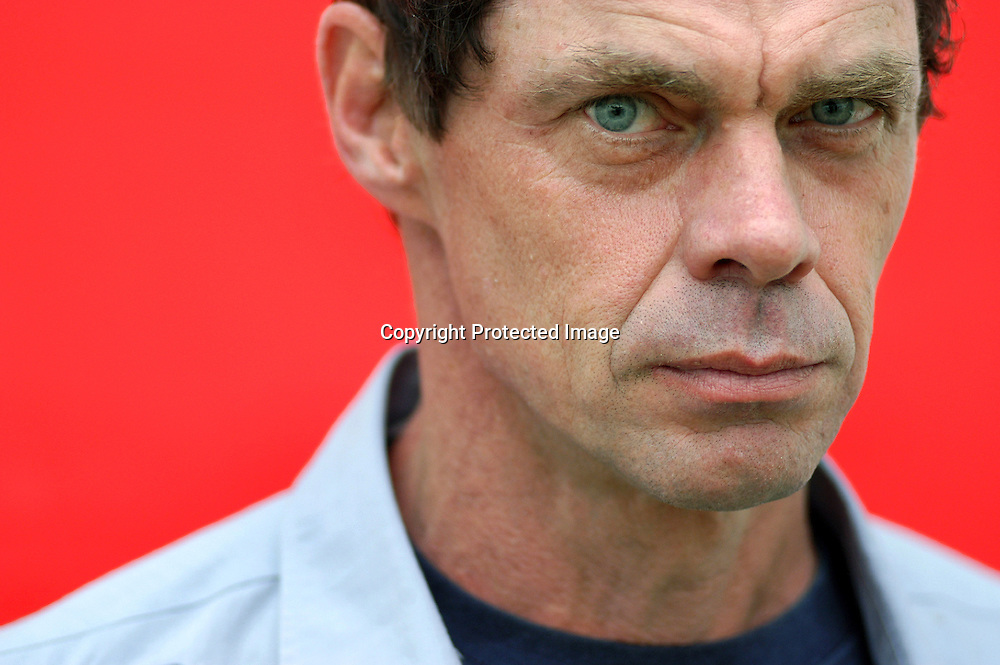 US writer and comedian Rich Hall (&quot;Otis Lee Crenshaw&quot;)<br /> at the Edinburgh International Book Festival 2003<br /> <br /> Copyright Pascal Saez<br /> Pascal Saez / Writer Pictures