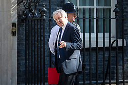 © Licensed to London News Pictures. 08/05/2018. London, UK. Secretary of State for Exiting the European Union David Davis arrives on Downing Street for the Cabinet meeting. Photo credit: Rob Pinney/LNP