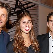 NLD/Amsterdam/20151019 - Premiere Fatal Attraction, Rick Engelkes met dochter Minka Lee en zoon Teddie