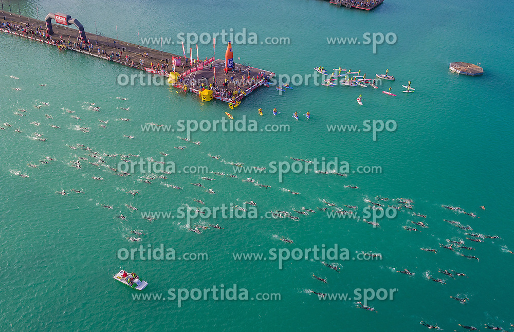 26.06.2016, Klagenfurt, AUT, Ironman Austria 2016, Schwimmen, im Bild Athleten während des Schwimmbewerbes // Triathletes take part in the swimming leg of the 2016 Ironman Austria in Klagenfurt, Austria on 2016/06/26. EXPA Pictures © 2016, PhotoCredit: EXPA/ Mag. Gert Steinthaler