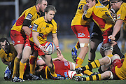 Twickenham, GREAT BRITAIN, Dragons, To ISAACS, sets himself to kick clear, from the back of the scrum, during the second half of the EDF Energy Cup rugby match,  London Wasps vs Newport Gwent Dragons, at Adam Stadium, on 02.11.2008 [Photo, Peter Spurrier/Intersport-images]