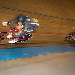 29-12-2015: Wielrennen: NK Baan: Alkmaar  ALKMAAR (NED) baanwielrennen  <br /> Op de wielerbaan van Alkmaar streden de wielrenners om de nationale baantitels<br /> Theo Bos pakt de titel op de stprint ten koste van Roy van den Berg