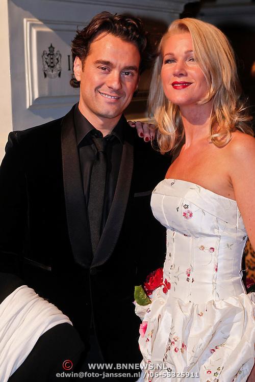 NLD/Amsterdam/20101118 - Beau Monde Awards 2010, Rik van de Westelaken en vriendin
