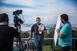 O campeão mundial do UFC, Fabricio Werdum durante produção de vídeo no Morro Santa Tereza na sua visita a Porto Alegre.  FOTO: Jefferson Bernardes/ Agência Preview