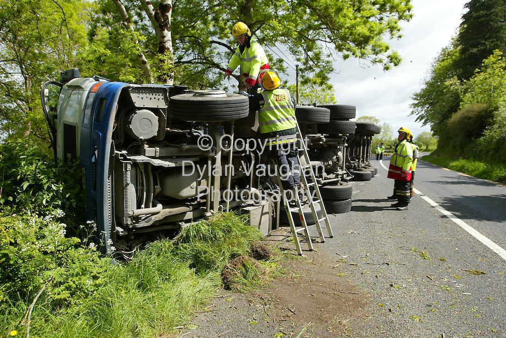 21/5/2004.The Scene of the truck crash at Jerpoint in Thomastown Kilkenny where a man was slightly injured..Picture Dylan Vaughan.