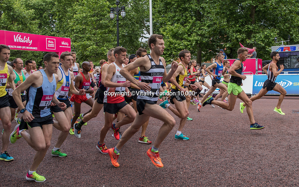 The elite men leave the start of The Vitality London 10,000, Monday 29th May 2017.<br /> <br /> Photo: Neil Turner for The Vitality London 10,000<br /> For further information: media@londonmarathonevents.co.uk