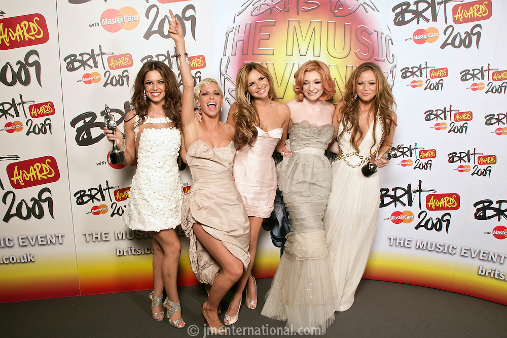 Girls Aloud - Backstage