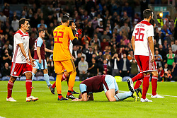 Sam Vokes of Burnley cuts a dejected figure - Mandatory by-line: Robbie Stephenson/JMP - 30/08/2018 - FOOTBALL - Turf Moor - Burnley, England - Burnley v Olympiakos - UEFA Europa League Play-offs second leg