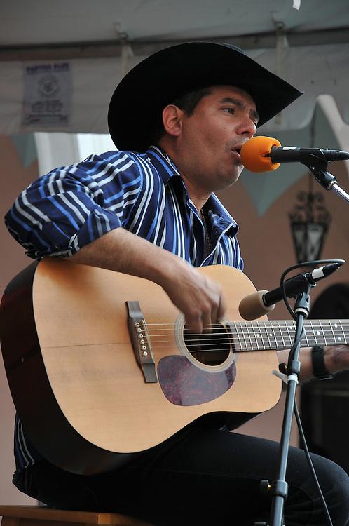Angel Perez concert at 2010 Tucson Folk Festival. Event photography by Martha Retallick.