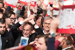 04.12.2016, Sofiensäle, Wien, AUT, Wahlfeier Team Van der Bellen nach Wiederholung der Stichwahl der Präsidentschaftswahl, im Bild Präsidentschaftskandidat Alexander Van der Bellen // Candidate for Presidential Elections Alexander Van der Bellen during election party of Team Van der Bellen due to the austrian presidential elections in Vienna, Austria on 2016/12/04, EXPA Pictures © 2016, PhotoCredit: EXPA/ Michael Gruber