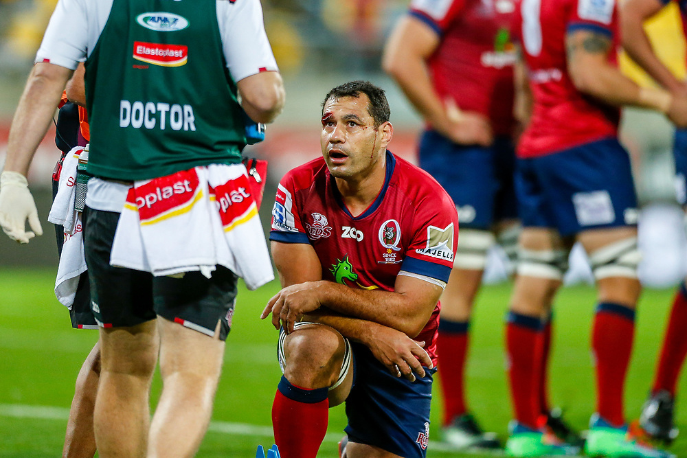 George Smith receives blood treatment Super rugby union game (Round 14) played between Hurricanes v Reds, on 18 May 2018, at Westpac Stadium, Wellington, New  Zealand.    Hurricanes won 38-34.