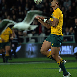 Israel Folau takes a high ball during the Rugby Championship and Bledisloe Cup rugby match between the New Zealand All Blacks and Australia Wallabies at Forsyth Barr Stadium in Dunedin, New Zealand on Saturday, 26 August 2017. Photo: Dave Lintott / lintottphoto.co.nz