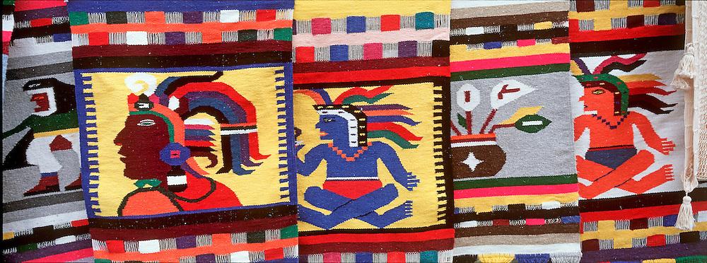 MEXICO, YUCATAN, TOURISM Isla Cozumel; craft market
