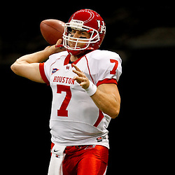 November 10, 2011; New Orleans, LA, USA;  Houston Cougars quarterback Case Keenum (7) warms up prior to kickoff of a game against the Tulane Green Wave at the Mercedes-Benz Superdome.  Mandatory Credit: Derick E. Hingle-US PRESSWIRE