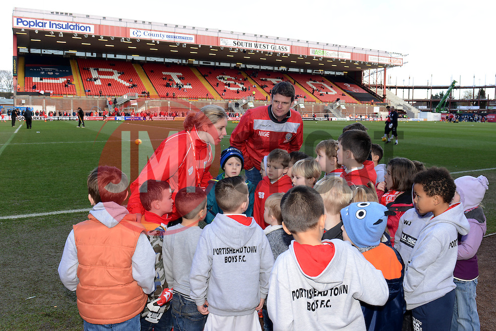- Photo mandatory by-line: Dougie Allward/JMP - Mobile: 07966 386802 - 14/02/2015 - SPORT - Football - Bristol - Ashton Gate - Bristol City v Sheffield United - Sky Bet League One