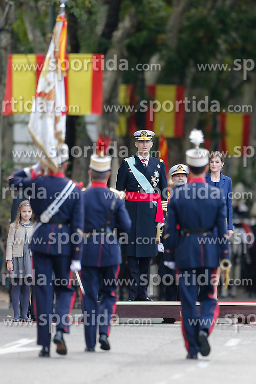 12.10.2015, Madrid, Madrid, ESP, Spanischer Nationalfeiertag, Royals, im Bild King Felipe VI of Spain // during the celebration of the Spanish National Day military parade in Madrid in Madrid, Spain on 2015/10/12. EXPA Pictures &copy; 2015, PhotoCredit: EXPA/ Alterphotos/ Victor Blanco<br /> <br /> *****ATTENTION - OUT of ESP, SUI*****