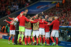 5LILLE, FRANCE - Friday, July 1, 2016: Wales players celebrate the equalising goal to make the score 1-1 during the UEFA Euro 2016 Championship Quarter-Final match  against Belgium at the Stade Pierre Mauroy. (Pic by Paul Greenwood/Propaganda)