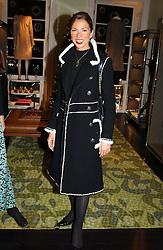 MRS SOL KERZNER at a jewellery party hosted by Osanna Visconti and Pia Marocco at Allegra Hick's shop, 28 Cadogan Place, London on 25th November 2004.<br />