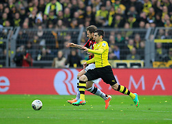"15.02.2014, Signal Iduna Park, Dortmund, GER, 1. FBL, Borussia Dortmund vs Eintracht Frankfurt, 21. Runde, im Bild Marco Russ (Eintracht Frankfurt #4) im Zweikampf gegen Henrikh ""Micki"" Mkhihtaryan (Borussia Dortmund #10), Aktion, Action // during the German Bundesliga 21th round match between Borussia Dortmund and Eintracht Frankfurt at the Signal Iduna Park in Dortmund, Germany on 2014/02/15. EXPA Pictures © 2014, PhotoCredit: EXPA/ Eibner-Pressefoto/ Schueler<br /> <br /> *****ATTENTION - OUT of GER*****"