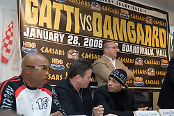 Arturo Gatti (r) and manager Pat Lynch (l) talk during the presser for Saturday's fight against Thomas Damgaard of Denmark.  Gatti will meet Damgaard for the vacant IBA Welterweight title on Saturday night at Boardwalk Hall in Atlantic City, NJ.