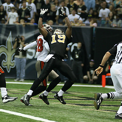 2007 December, 2: New Orleans Saints wide receiver Devery Henderson (19) reaches for the ball on a touchdown catch during a 27-23 win by the Tampa Bay Buccaneers over the New Orleans Saints at the Louisiana Superdome in New Orleans, LA.