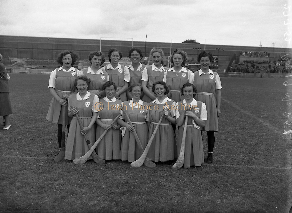 27/07/1952<br /> 07/27/1952<br /> 27 July 1952<br /> Camogie: All-Ireland semi-final Galway v Dublin at Croke Park. The Dublin team.