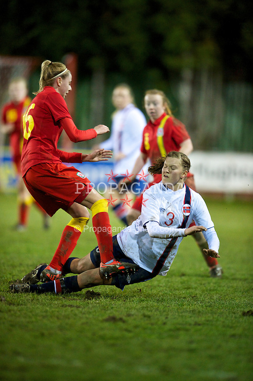 NEWTOWN, WALES - Friday, February 1, 2013: Norway's Nora Byom Nilssen in action against Wales during the Women's Under-19 International Friendly match at Latham Park. (Pic by David Rawcliffe/Propaganda)