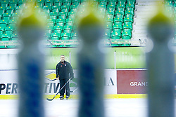 New head coach Randy William Edmonds (CAN) at ice hockey practice of HDD Tilia Olimpija,  on October 16, 2008 in Arena Tivoli, Ljubljana, Slovenia.  (Photo by Vid Ponikvar / Sportal Images)