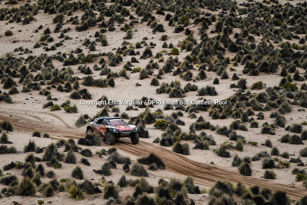Carlos Sainz and Lucas Cruz in the Peugeot 3008 DKR Maxi of the Team Peugeot Total navigating in the mountain during stage 7 of the Dakar Rally, between La Paz and Uyuni, Bolivia, on January 13, 2018. // Eric Vargiolu / DPPI / Red Bull Content Pool // P-20180114-00018 // Usage for editorial use only // Please go to www.redbullcontentpool.com for further information. //