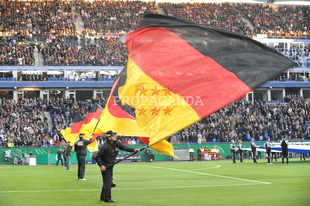 14.10.2009, HSH Nordbank Arena, Hamburg, GER, WM Qualifikation, Deutschland GER vs Finnland FIN , im Bild Feature vor dem Spiel, Fahnenschwenker vor dem Spiel  in der Nordbank Arena, EXPA Pictures © 2009 for Austria, Italy and United Kingdom only, Photographer EXPA / NPH / Kokenge