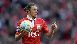 Bristol City's Luke Ayling - Photo mandatory by-line: Alex James/JMP - Mobile: 07966 386802 - 22/03/2015 - SPORT - Football - London - Wembley Stadium - Bristol City v Walsall - Johnstone Paint Trophy Final