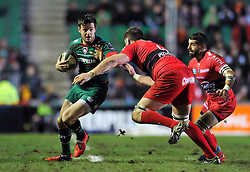 Matt Smith of Leicester Tigers faces off against Bakkies Botha of Toulon - Photo mandatory by-line: Patrick Khachfe/JMP - Mobile: 07966 386802 07/12/2014 - SPORT - RUGBY UNION - Leicester - Welford Road - Leicester Tigers v Toulon - European Rugby Champions Cup