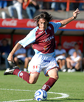 ARSENAL Sarandi (2) Vs. BOCA Jrs. (1)   - Argentine football Soccer - Apertura 2007 - At Arsenal Stadium 26.11.07<br /> Here ARSENAL MARTIN ANDRIZZI<br /> © PikoPress
