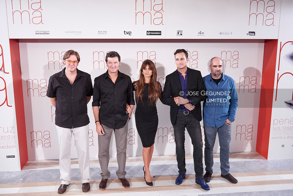 Penelope Cruz, Julio Medem, Asier Etxeandia and Luis Tosar attends 'Ma ma' photocall at the Villamagna Hotel on September 8, 2015 in Madrid, Spain.
