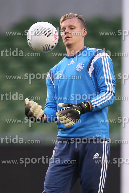 07.10.2015, Avia Stadium, Dublin, IRL, UEFA Euro Qualifikation, Training Deutschland, Irland vs Deutschland, im Bild Torwart Bernd Leno (Bayer Leverkusen) // during a Trainingssession of German National Football Team before the away Match against Ireland at the Avia Stadium in Dublin, Ireland on 2015/10/07. EXPA Pictures &copy; 2015, PhotoCredit: EXPA/ Eibner-Pressefoto/ Schueler<br /> <br /> *****ATTENTION - OUT of GER*****